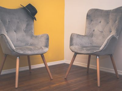 Chaise Lounger w/ button tufted